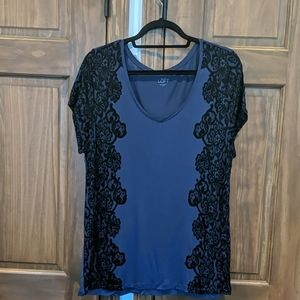 Soft jersey top with lace print